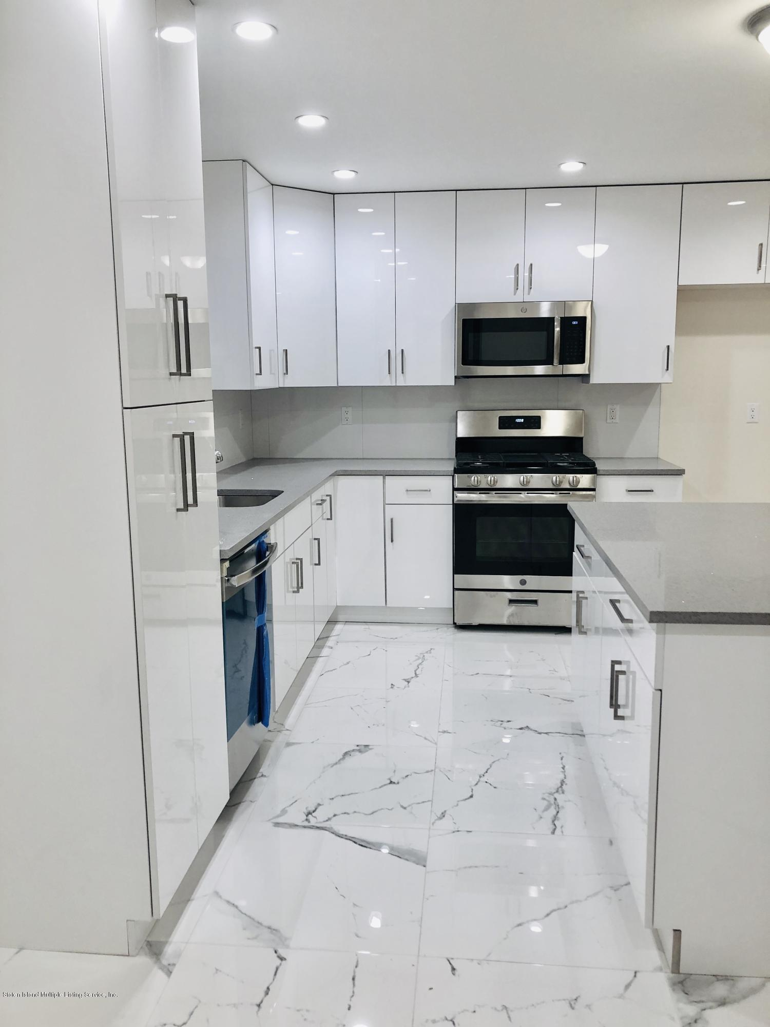 #2 41 Andrews Street,Staten Island,New York,10305,United States,4 Bedrooms Bedrooms,7 Rooms Rooms,2 BathroomsBathrooms,Res-Rental,Andrews,1129229