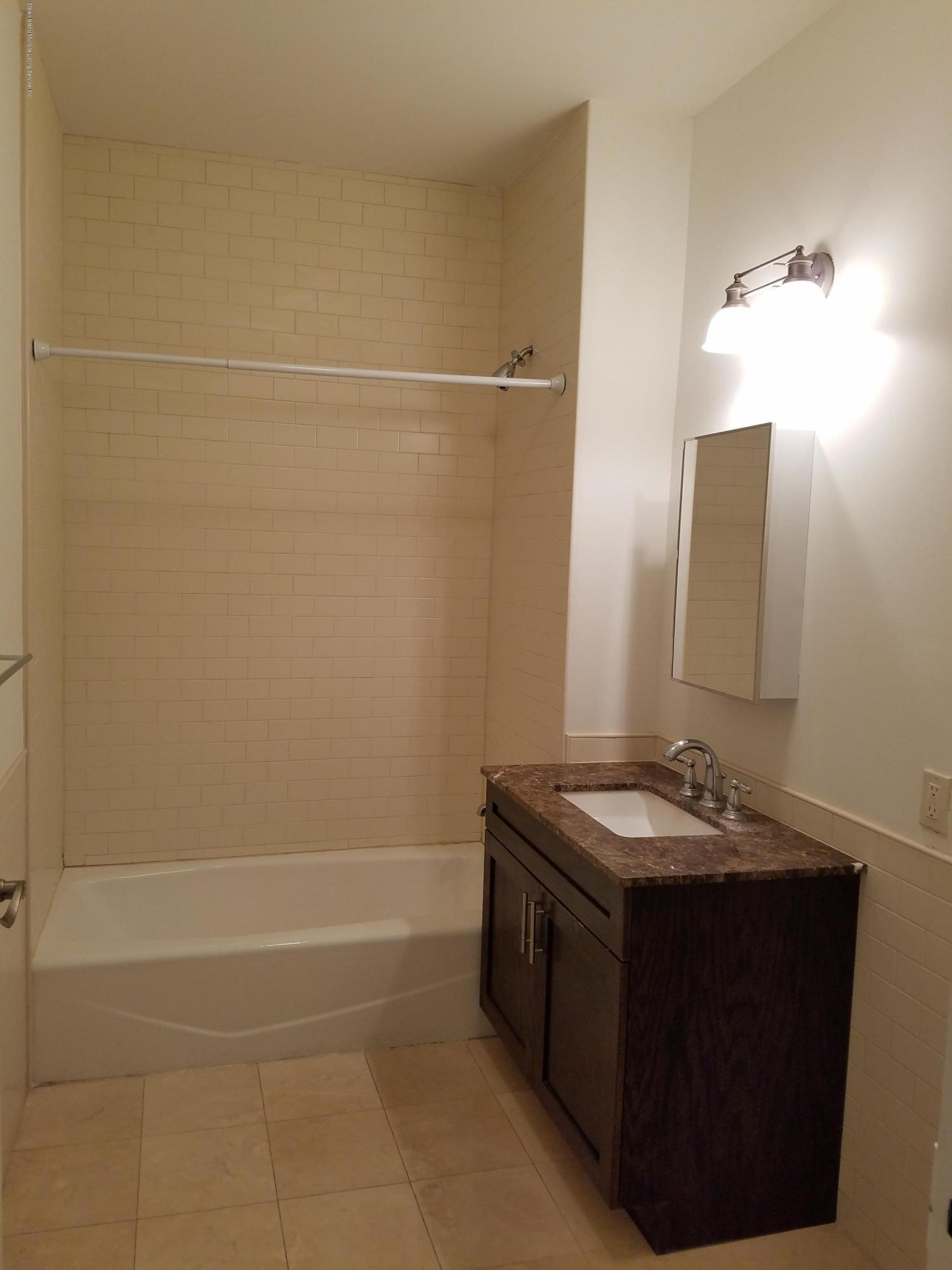 1c 90 Bay Street Lndg Staten Island,New York,10301,United States,1 Bedroom Bedrooms,2 Rooms Rooms,1 BathroomBathrooms,Res-Rental,Bay Street Lndg,1129438