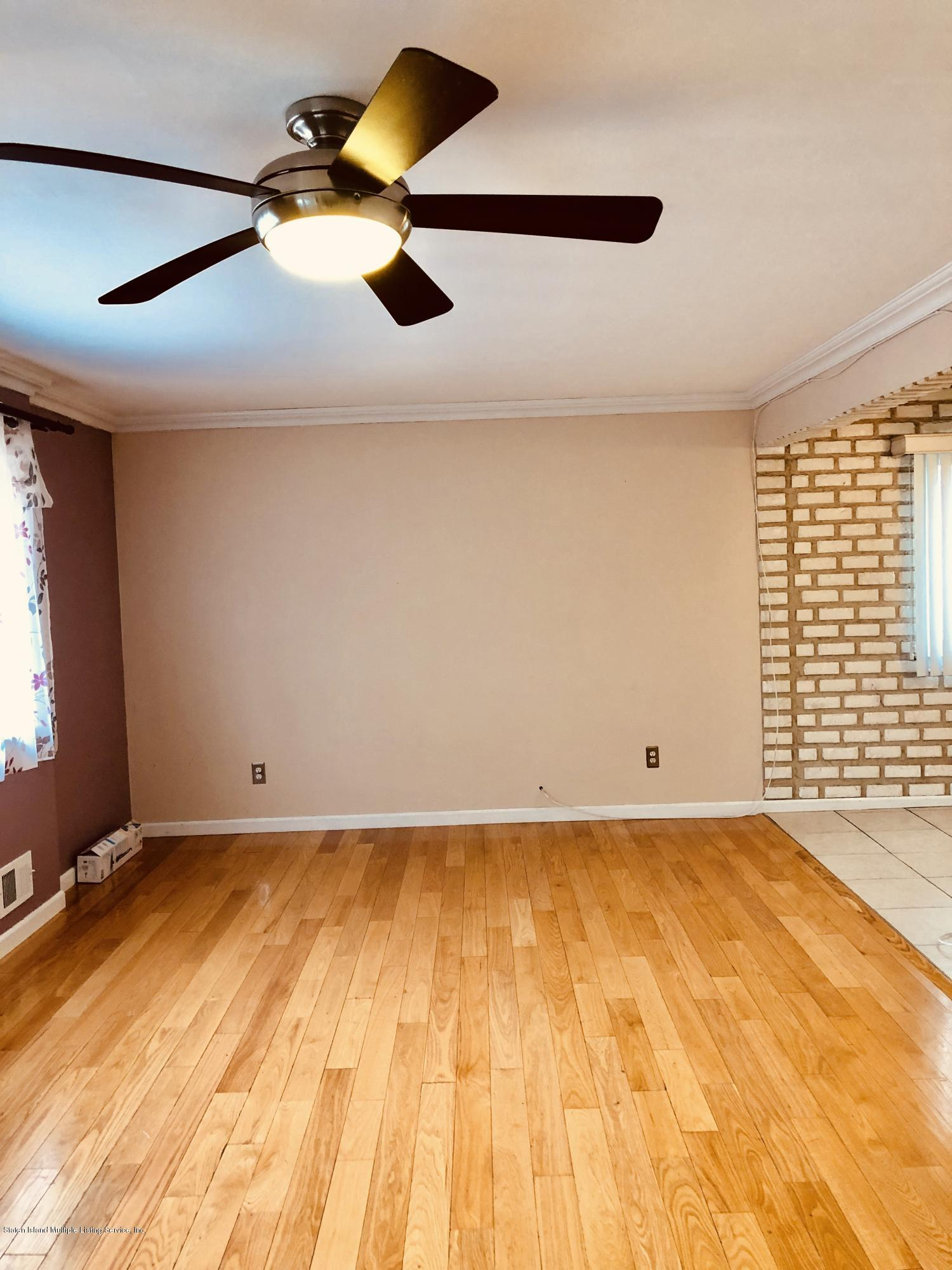 513 Willow Road,Staten Island,New York,10314,United States,3 Bedrooms Bedrooms,8 Rooms Rooms,2 BathroomsBathrooms,Res-Rental,Willow,1129440