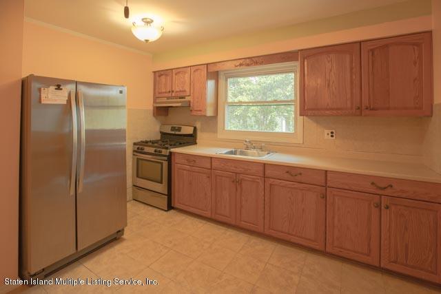 2 31 Redgrave Ave Staten Island,New York,10306,United States,2 Bedrooms Bedrooms,5 Rooms Rooms,1 BathroomBathrooms,Res-Rental,Redgrave Ave,1129607