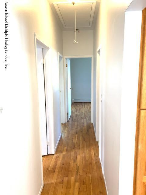 Upper 88 Linwood Avenue,Staten Island,New York,10305,United States,3 Bedrooms Bedrooms,6 Rooms Rooms,1 BathroomBathrooms,Res-Rental,Linwood,1121088