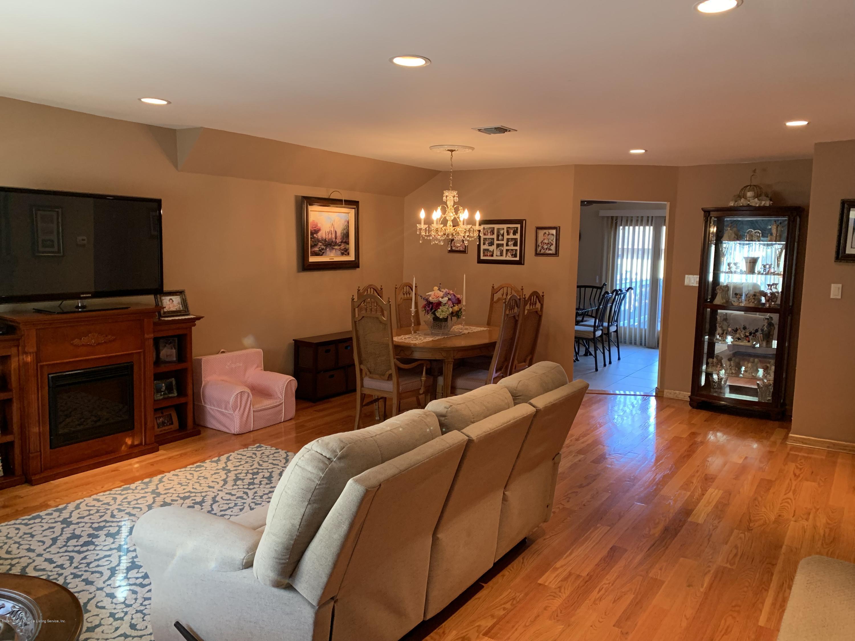 844 Sheldon Avenue,Staten Island,New York,10309,United States,3 Bedrooms Bedrooms,6 Rooms Rooms,3 BathroomsBathrooms,Residential,Sheldon,1129745
