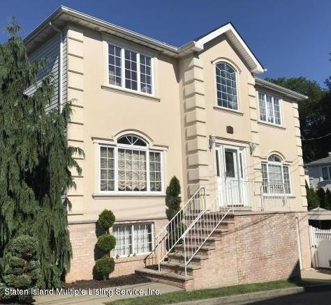90 Latourette Street,Staten Island,New York,10309,United States,1 Bedroom Bedrooms,2 Rooms Rooms,1 BathroomBathrooms,Res-Rental,Latourette,1129739