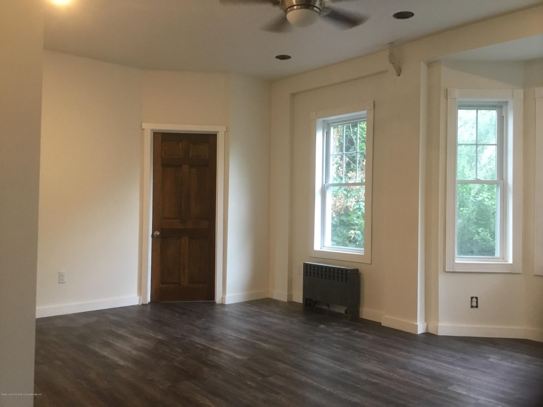 11 Prospect Place,Staten Island,New York,10306,United States,2 Bedrooms Bedrooms,4 Rooms Rooms,1 BathroomBathrooms,Res-Rental,Prospect,1129848