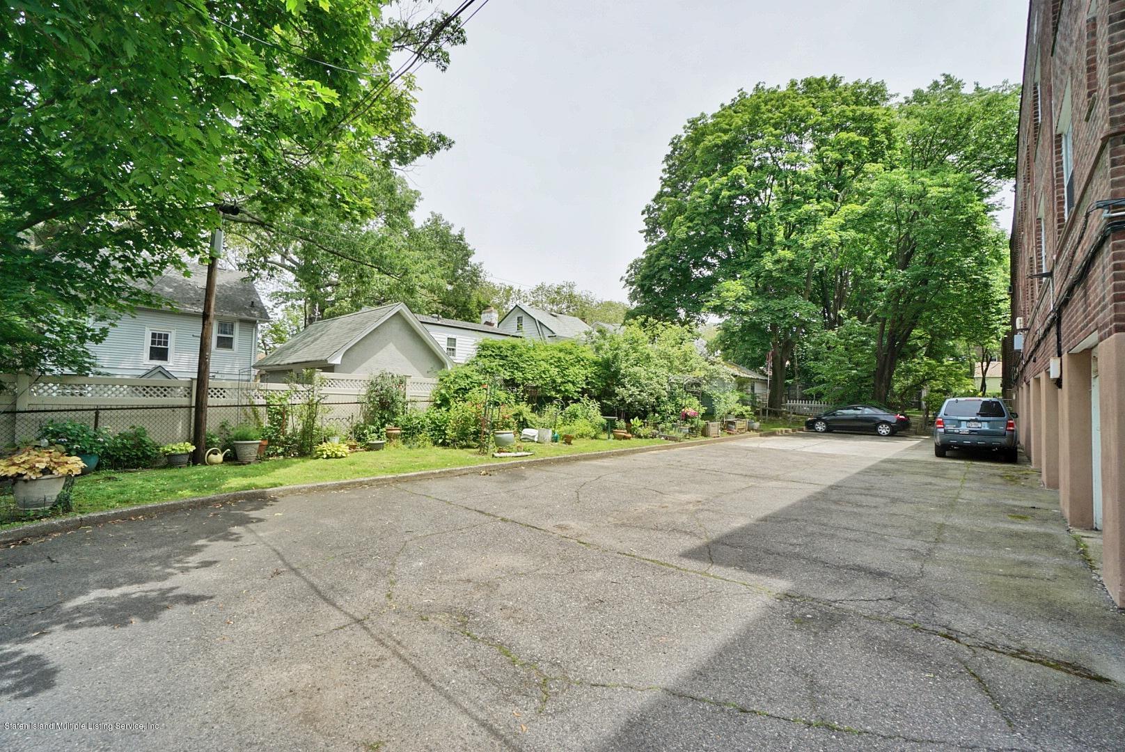 2c 565 Castleton Avenue,Staten Island,New York,10301,United States,2 Bedrooms Bedrooms,4 Rooms Rooms,1 BathroomBathrooms,Residential,Castleton,1129842