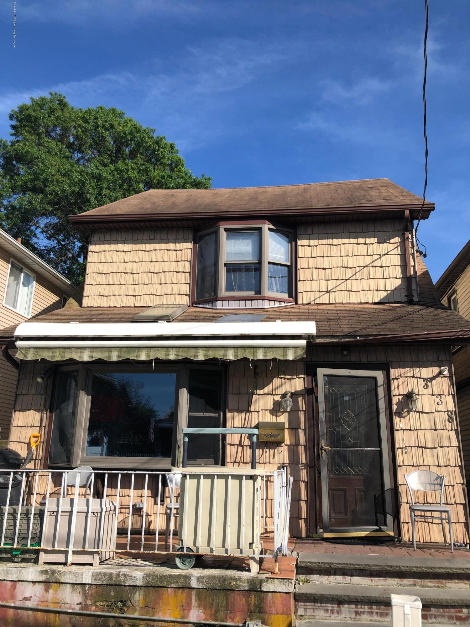 338 Clifton Avenue,Staten Island,New York,10305,United States,4 Bedrooms Bedrooms,6 Rooms Rooms,2 BathroomsBathrooms,Residential,Clifton,1130574