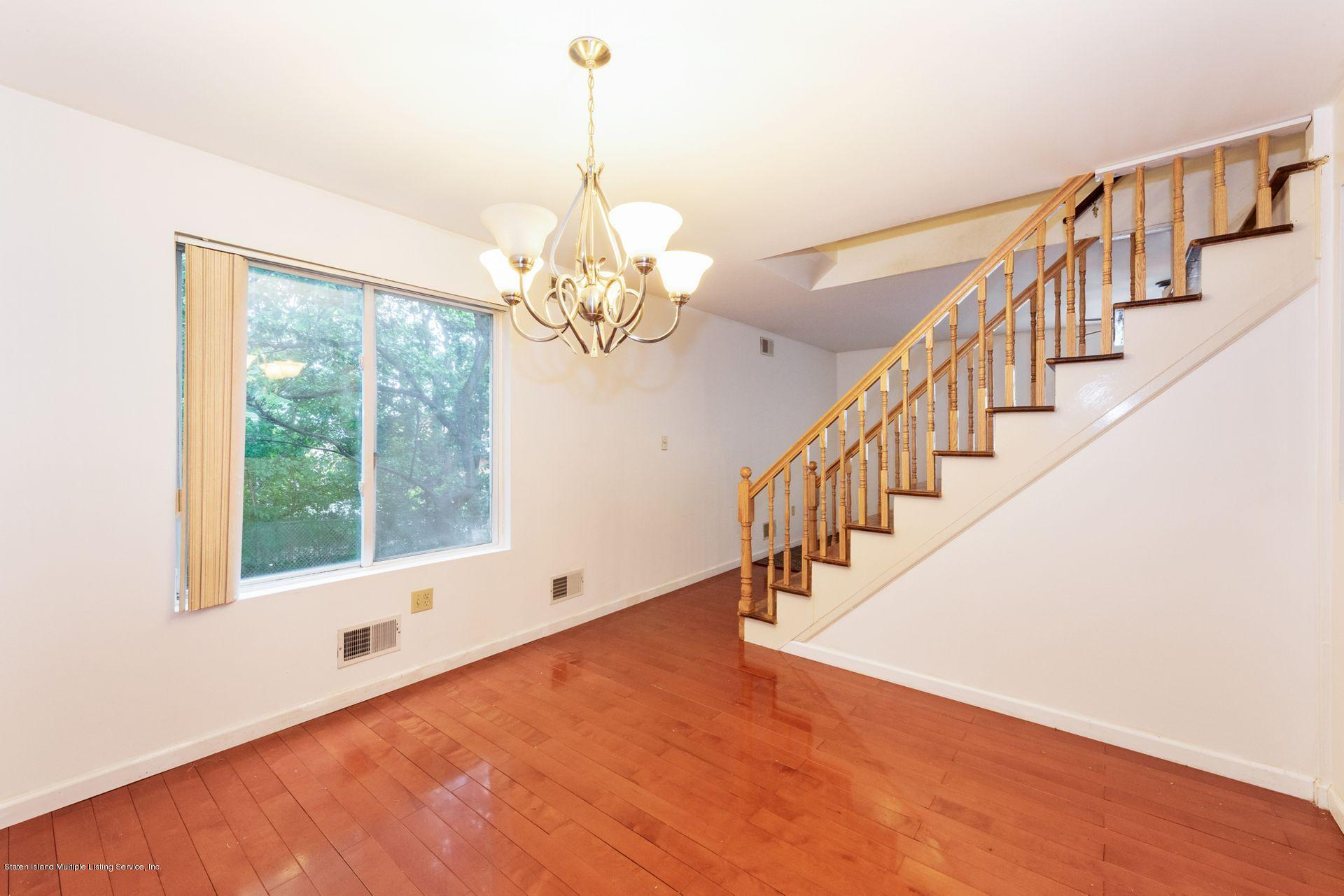 167 Jamie Lane,Staten Island,New York,10312,United States,4 Bedrooms Bedrooms,7 Rooms Rooms,2 BathroomsBathrooms,Residential,Jamie,1130578