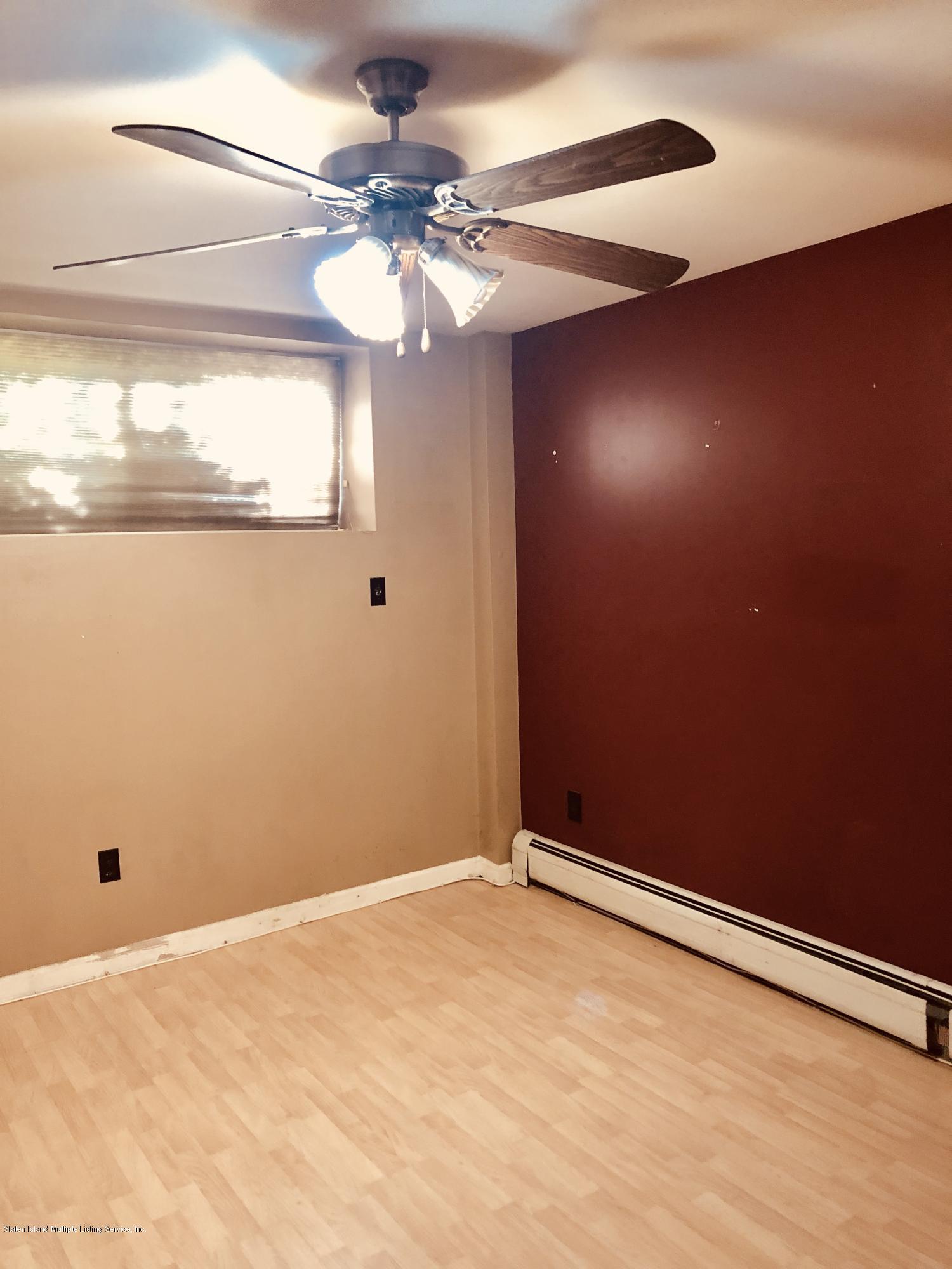 #1 33 Santa Monica Lane,Staten Island,New York,10309,United States,1 Bedroom Bedrooms,4 Rooms Rooms,1 BathroomBathrooms,Res-Rental,Santa Monica,1130581