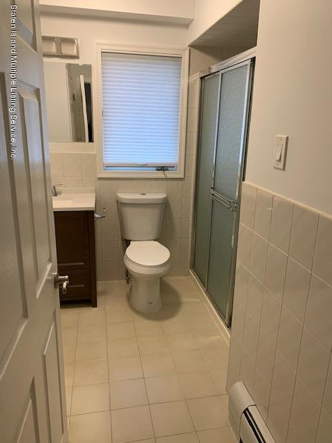 653 Harris Avenue,Staten Island,New York,10314,United States,1 Bedroom Bedrooms,4 Rooms Rooms,2 BathroomsBathrooms,Res-Rental,Harris,1130595