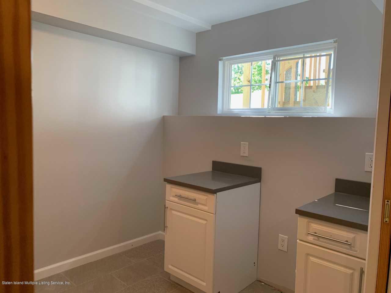 18 Lenhart Street,Staten Island,New York,10307,United States,1 Bedroom Bedrooms,3 Rooms Rooms,1 BathroomBathrooms,Res-Rental,Lenhart,1130596
