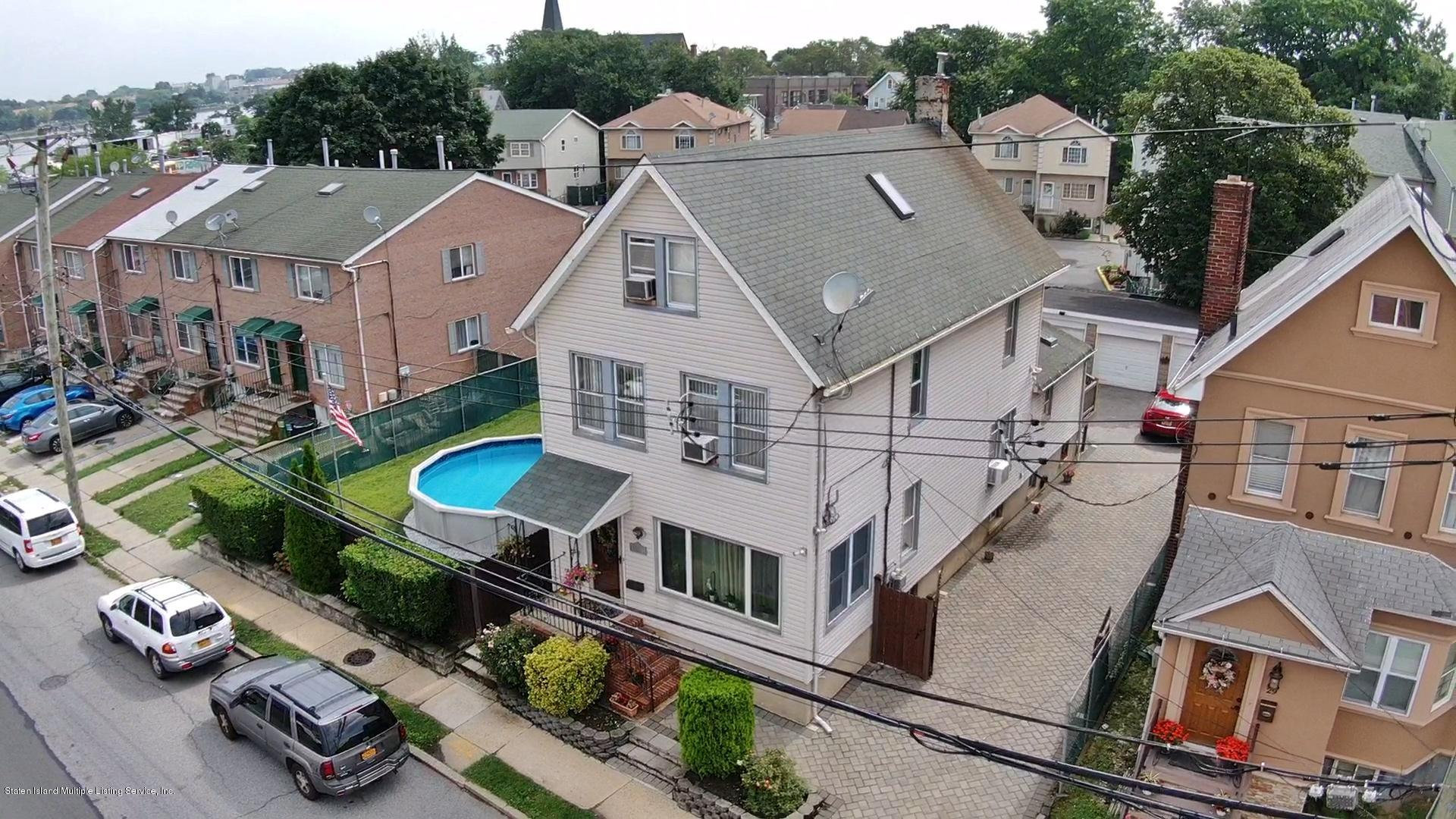 25 Nicholas Avenue,Staten Island,New York,10302,United States,4 Bedrooms Bedrooms,8 Rooms Rooms,2 BathroomsBathrooms,Residential,Nicholas,1130821
