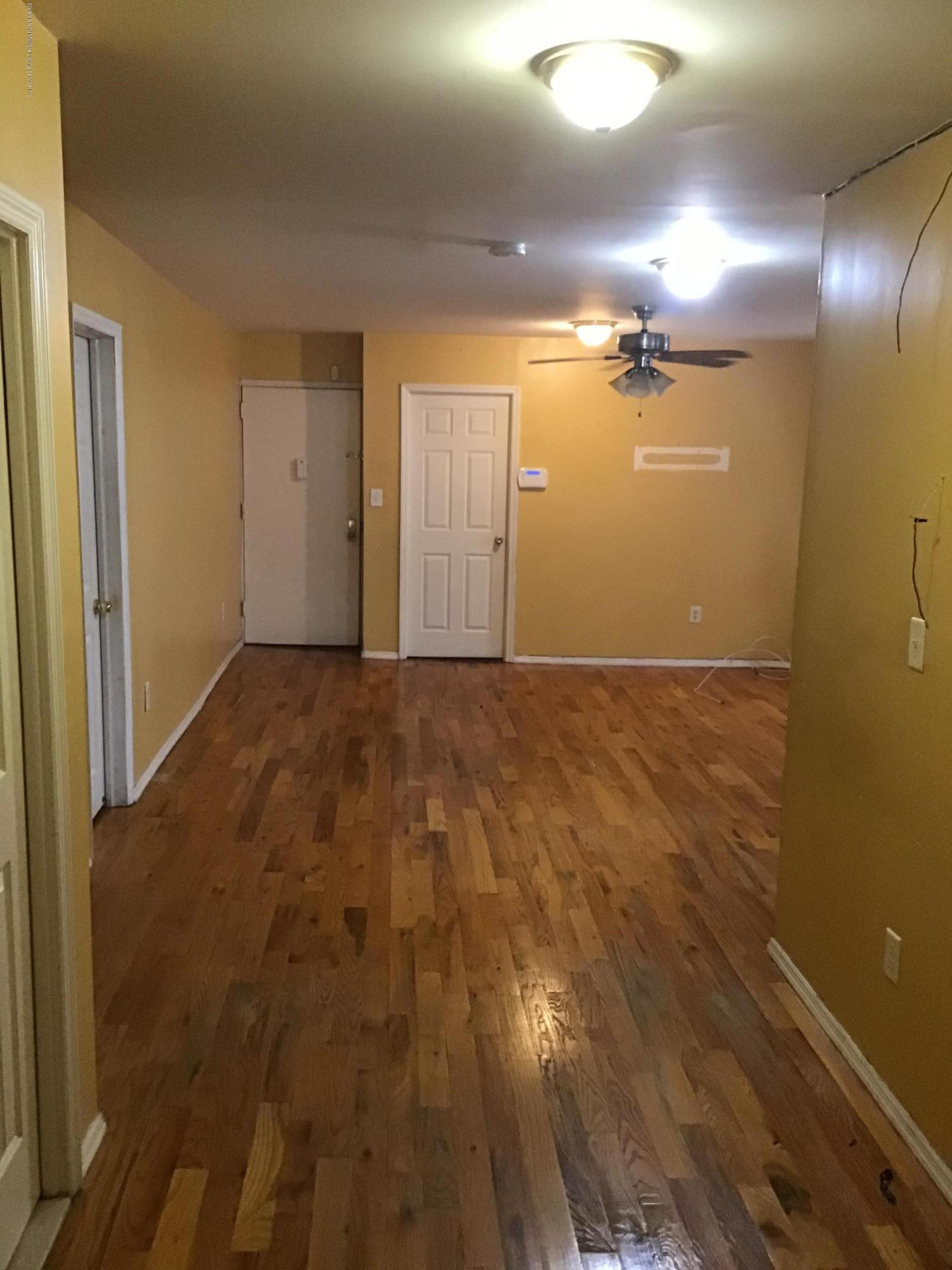 250 93rd Street,Brooklyn,New York,11212,United States,3 Bedrooms Bedrooms,6 Rooms Rooms,2 BathroomsBathrooms,Res-Rental,93rd,1130844