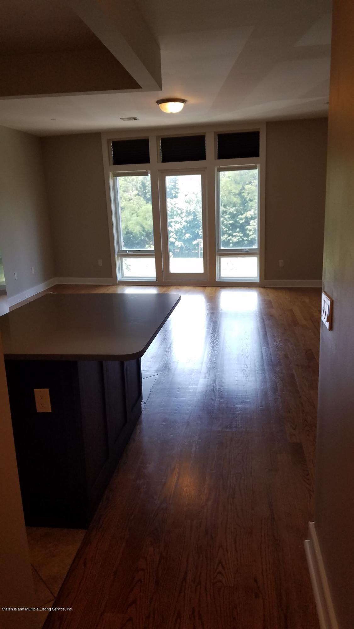 4h 90 Bay Street Landing,Staten Island,New York,10301,United States,1 Room Rooms,1 BathroomBathrooms,Res-Rental,Bay Street,1129767