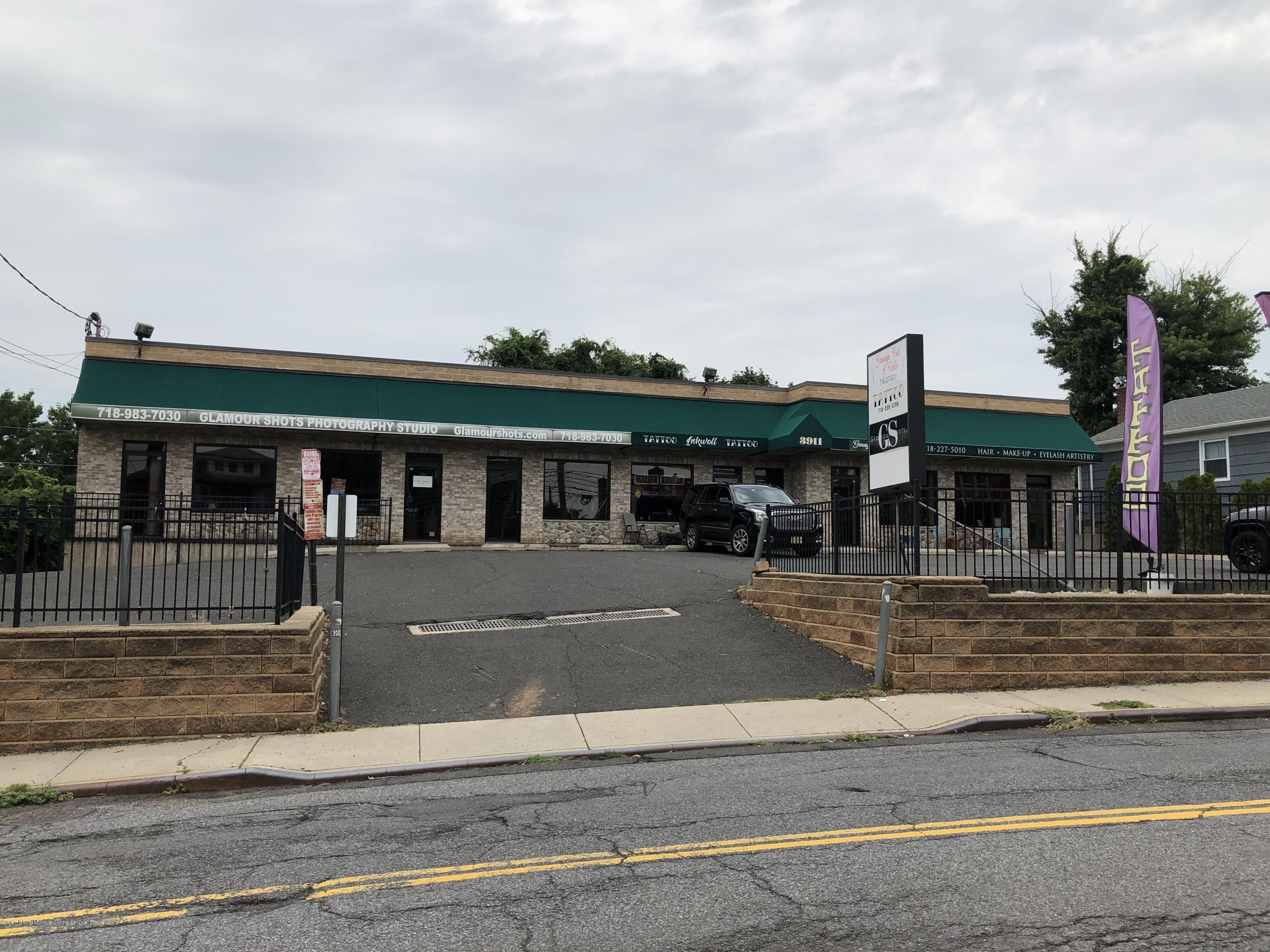D 3911 Amboy Road,Staten Island,New York,10308,United States,Commercial,Amboy,1131520