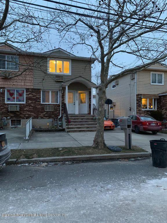1025 Rathbun Avenue,Staten Island,New York,10309,United States,2 Bedrooms Bedrooms,5 Rooms Rooms,1 BathroomBathrooms,Res-Rental,Rathbun,1132014