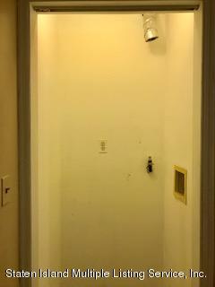 17 Gloria Court,Staten Island,New York,10302,United States,3 Bedrooms Bedrooms,7 Rooms Rooms,2 BathroomsBathrooms,Res-Rental,Gloria,1132024