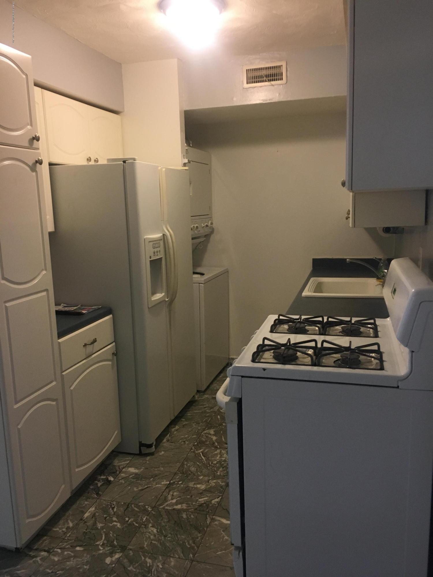 4189 Amboy Road,Staten Island,New York,10308,United States,2 Bedrooms Bedrooms,5 Rooms Rooms,2 BathroomsBathrooms,Res-Rental,Amboy,1132081