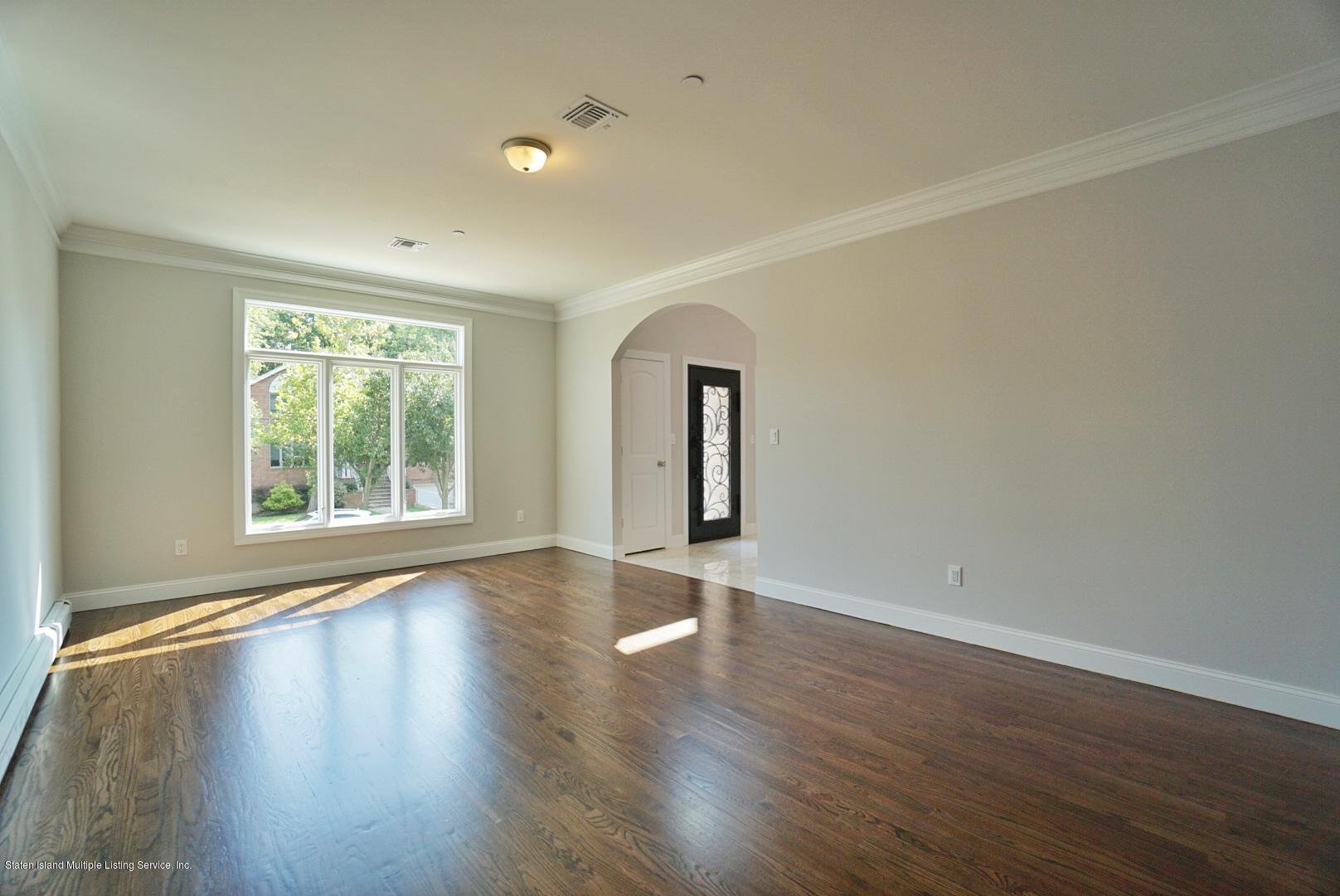 488 Richard Avenue,Staten Island,New York,10309,United States,5 Bedrooms Bedrooms,8 Rooms Rooms,4 BathroomsBathrooms,Residential,Richard,1130577