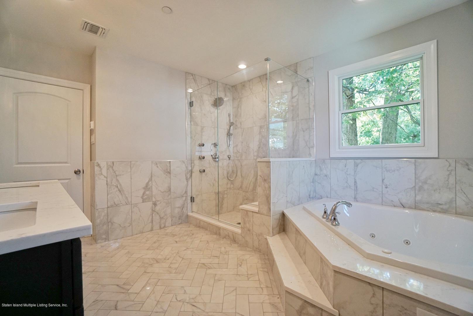 492 Richard Avenue,Staten Island,New York,10309,United States,4 Bedrooms Bedrooms,8 Rooms Rooms,3 BathroomsBathrooms,Residential,Richard,1130575