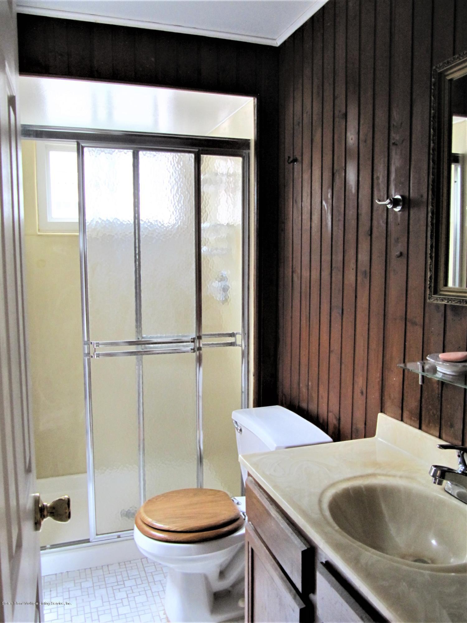 88 Green Valley Rd Staten Island,New York,10312,United States,3 Bedrooms Bedrooms,7 Rooms Rooms,3 BathroomsBathrooms,Res-Rental,Green Valley Rd,1132969
