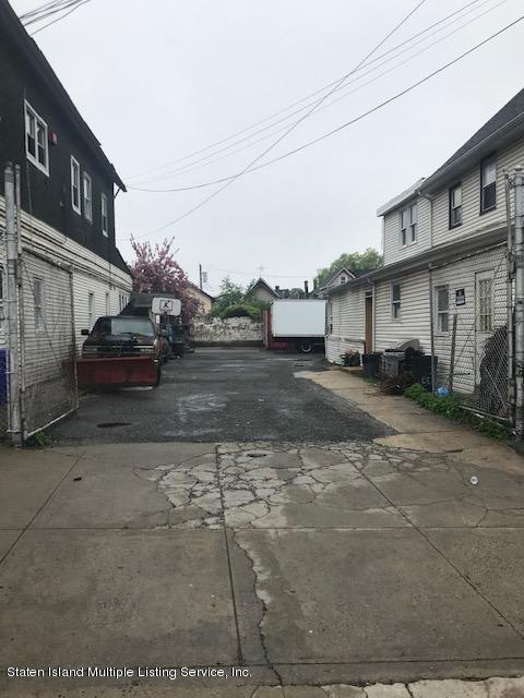 16 Dehart Avenue,Staten Island,New York,10303,United States,6 Bedrooms Bedrooms,6 Rooms Rooms,2 BathroomsBathrooms,Residential,Dehart,1132984