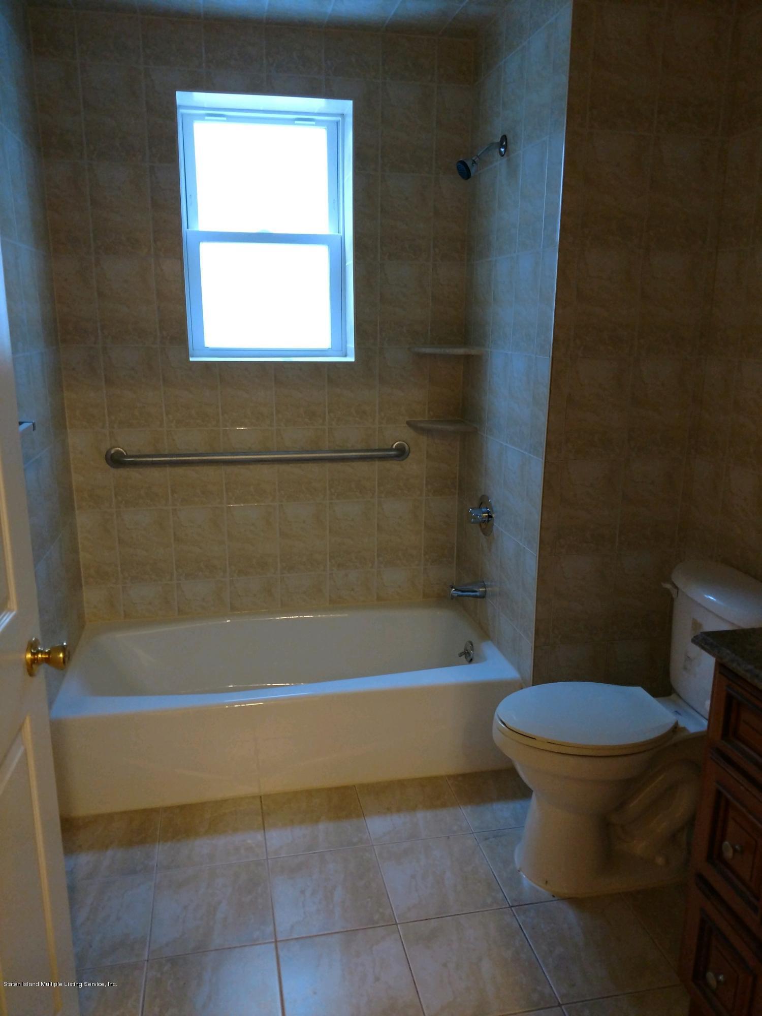 121 Eaton Place,Staten Island,New York,10302,United States,2 Bedrooms Bedrooms,4 Rooms Rooms,1 BathroomBathrooms,Res-Rental,Eaton,1133665