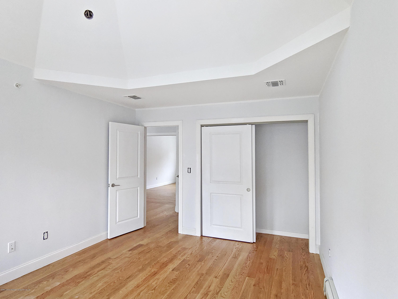 50 Mark Street,Staten Island,New York,10304,United States,6 Bedrooms Bedrooms,7 Rooms Rooms,5 BathroomsBathrooms,Residential,Mark,1133664