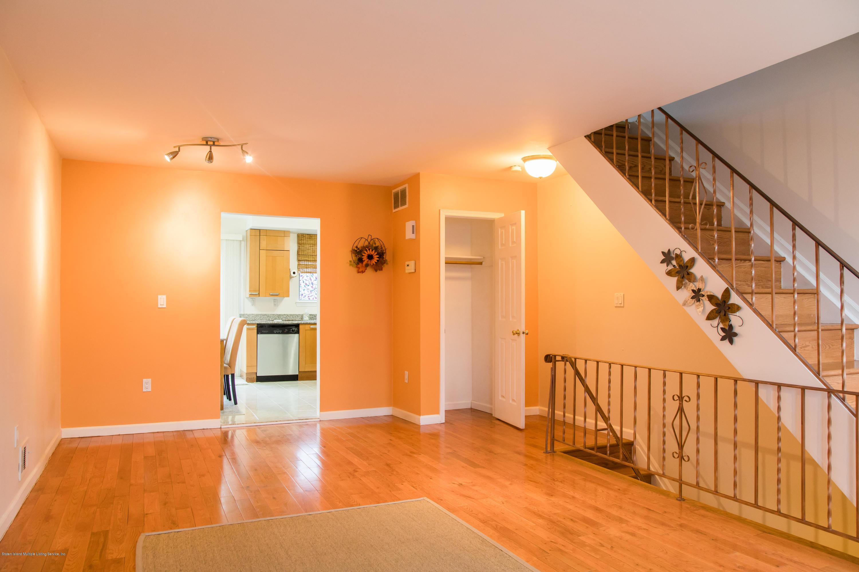 34 Oceanic Avenue,Staten Island,New York,10312,United States,2 Bedrooms Bedrooms,5 Rooms Rooms,3 BathroomsBathrooms,Residential,Oceanic,1132979