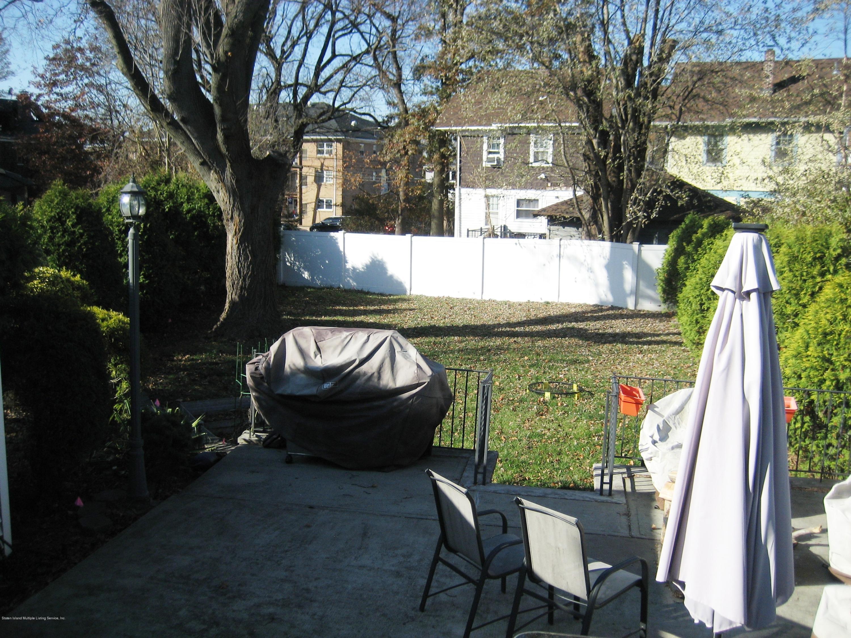 23 Allen Court,Staten Island,New York,10310,United States,3 Bedrooms Bedrooms,6 Rooms Rooms,3 BathroomsBathrooms,Residential,Allen,1133890