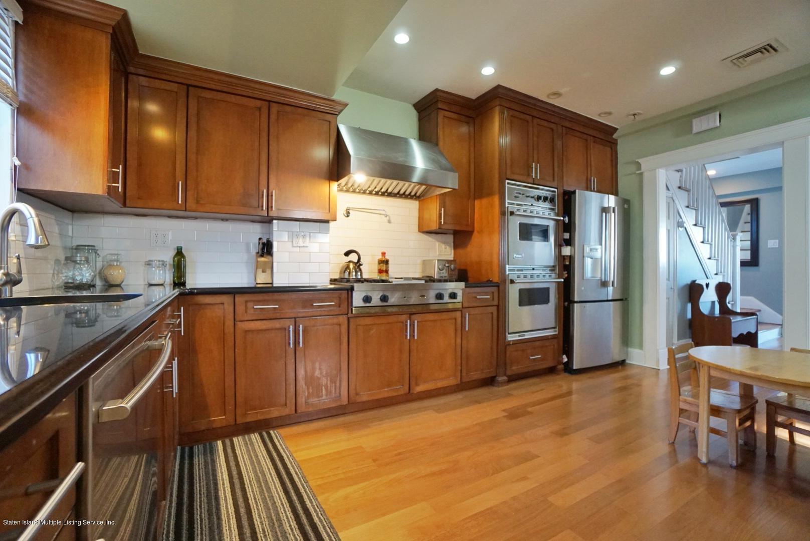 24 Starbuck Street,Staten Island,New York,10304,United States,3 Bedrooms Bedrooms,6 Rooms Rooms,4 BathroomsBathrooms,Residential,Starbuck,1133893