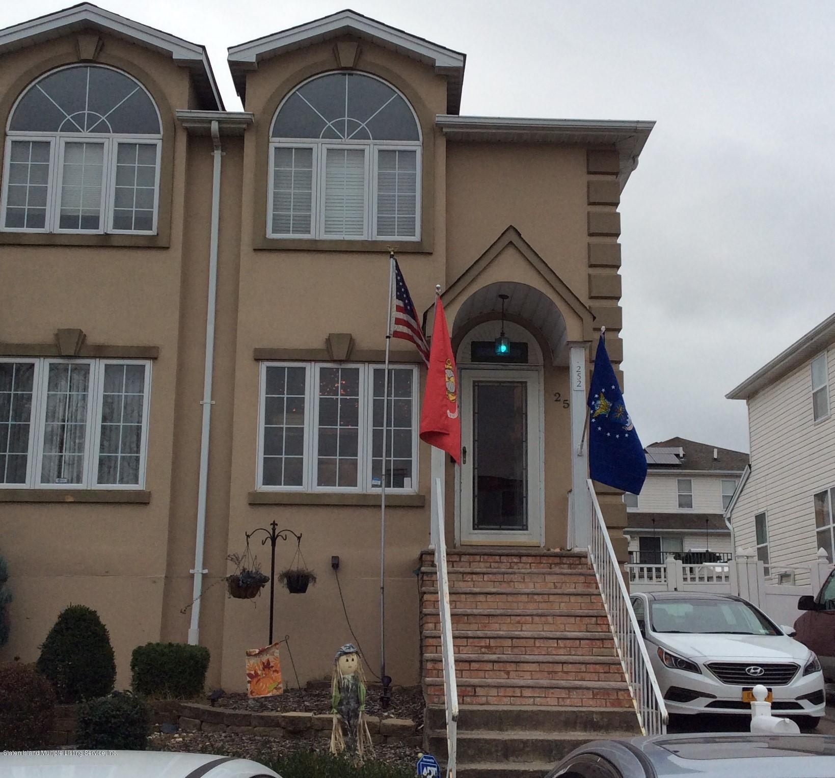 252 Candon Avenue,Staten Island,New York,10309,United States,3 Bedrooms Bedrooms,7 Rooms Rooms,3 BathroomsBathrooms,Residential,Candon,1133938
