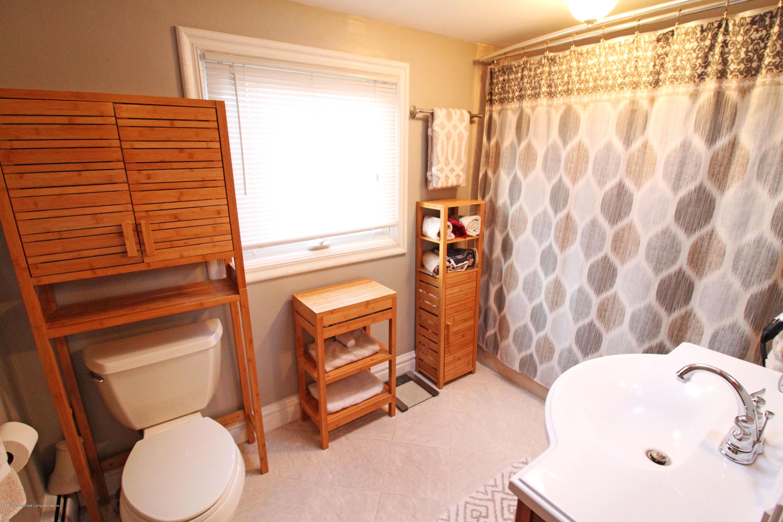 20 Ross Lane,Staten Island,New York,10312,United States,2 Bedrooms Bedrooms,5 Rooms Rooms,1 BathroomBathrooms,Residential,Ross,1133895
