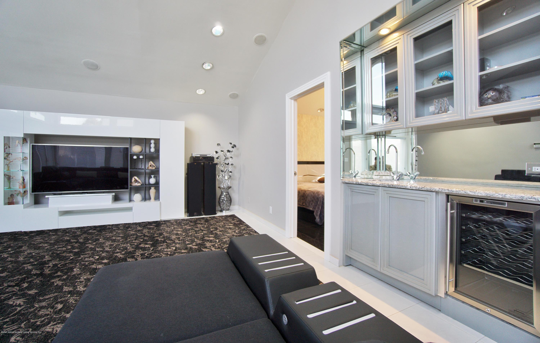 31 Seidman Avenue,Staten Island,New York,10312,United States,5 Bedrooms Bedrooms,15 Rooms Rooms,6 BathroomsBathrooms,Residential,Seidman,1134268