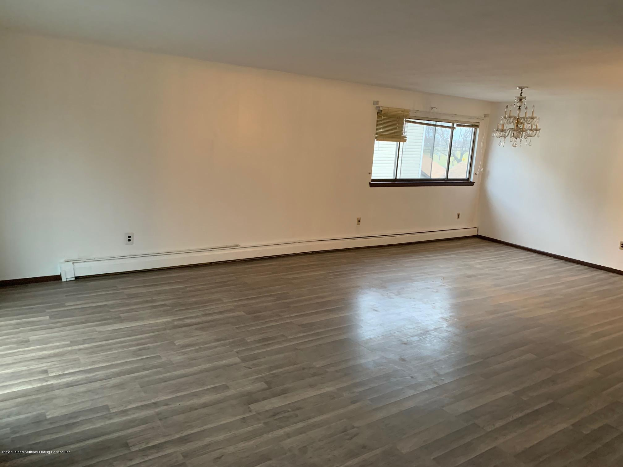 2 14 Mill Road,Staten Island,New York,10306,United States,3 Bedrooms Bedrooms,6 Rooms Rooms,2 BathroomsBathrooms,Res-Rental,Mill,1134289