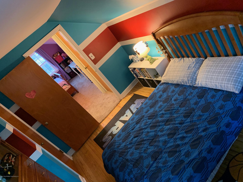 93 Greenleaf Avenue,Staten Island,New York,10310,United States,4 Bedrooms Bedrooms,7 Rooms Rooms,1 BathroomBathrooms,Residential,Greenleaf,1134285