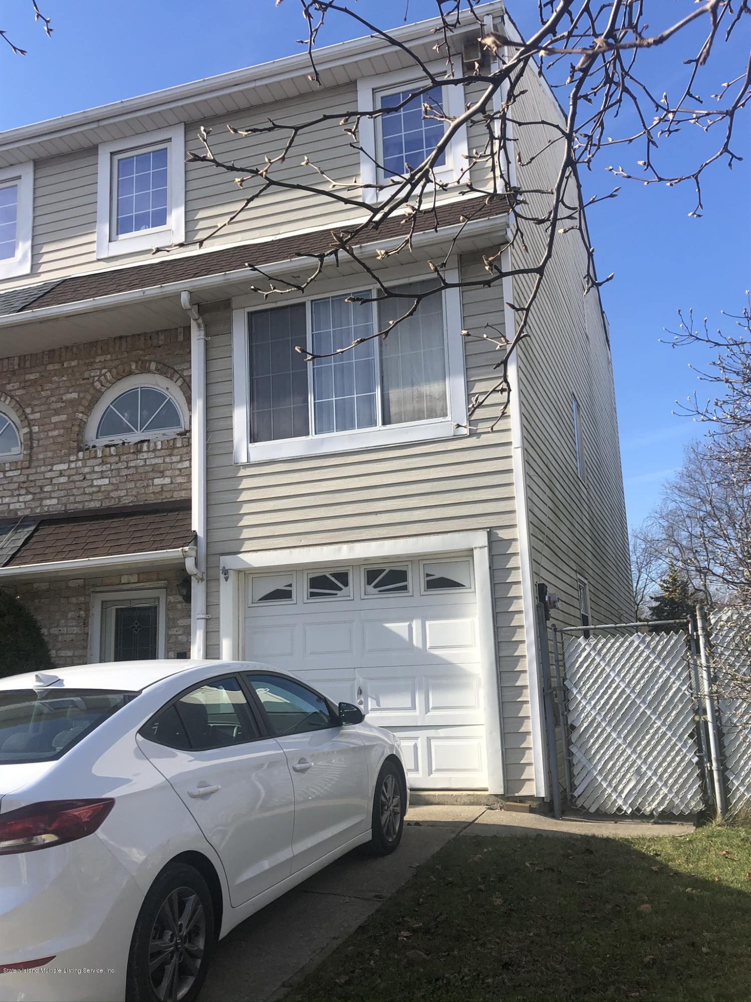 14 Elson Street,Staten Island,New York,10314,United States,4 Bedrooms Bedrooms,6 Rooms Rooms,4 BathroomsBathrooms,Residential,Elson,1134327