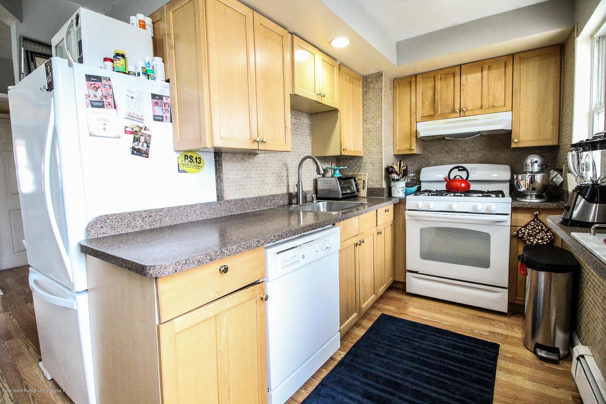 109 St Marys Avenue,Staten Island,New York,10305,United States,4 Bedrooms Bedrooms,6 Rooms Rooms,3 BathroomsBathrooms,Residential,St Marys,1134842