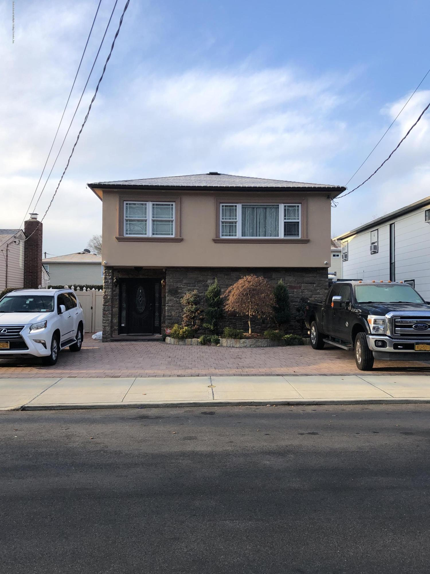 112 Montreal Avenue,Staten Island,New York,10306,United States,3 Bedrooms Bedrooms,7 Rooms Rooms,3 BathroomsBathrooms,Residential,Montreal,1134843