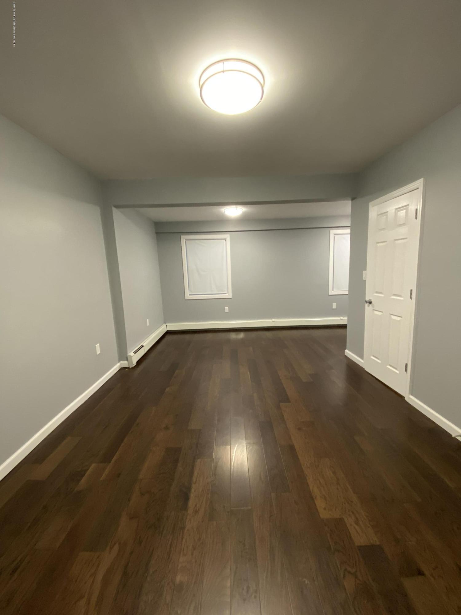 #2 14 Grove Place,Staten Island,New York,10302,United States,4 Bedrooms Bedrooms,6 Rooms Rooms,3 BathroomsBathrooms,Res-Rental,Grove,1135146