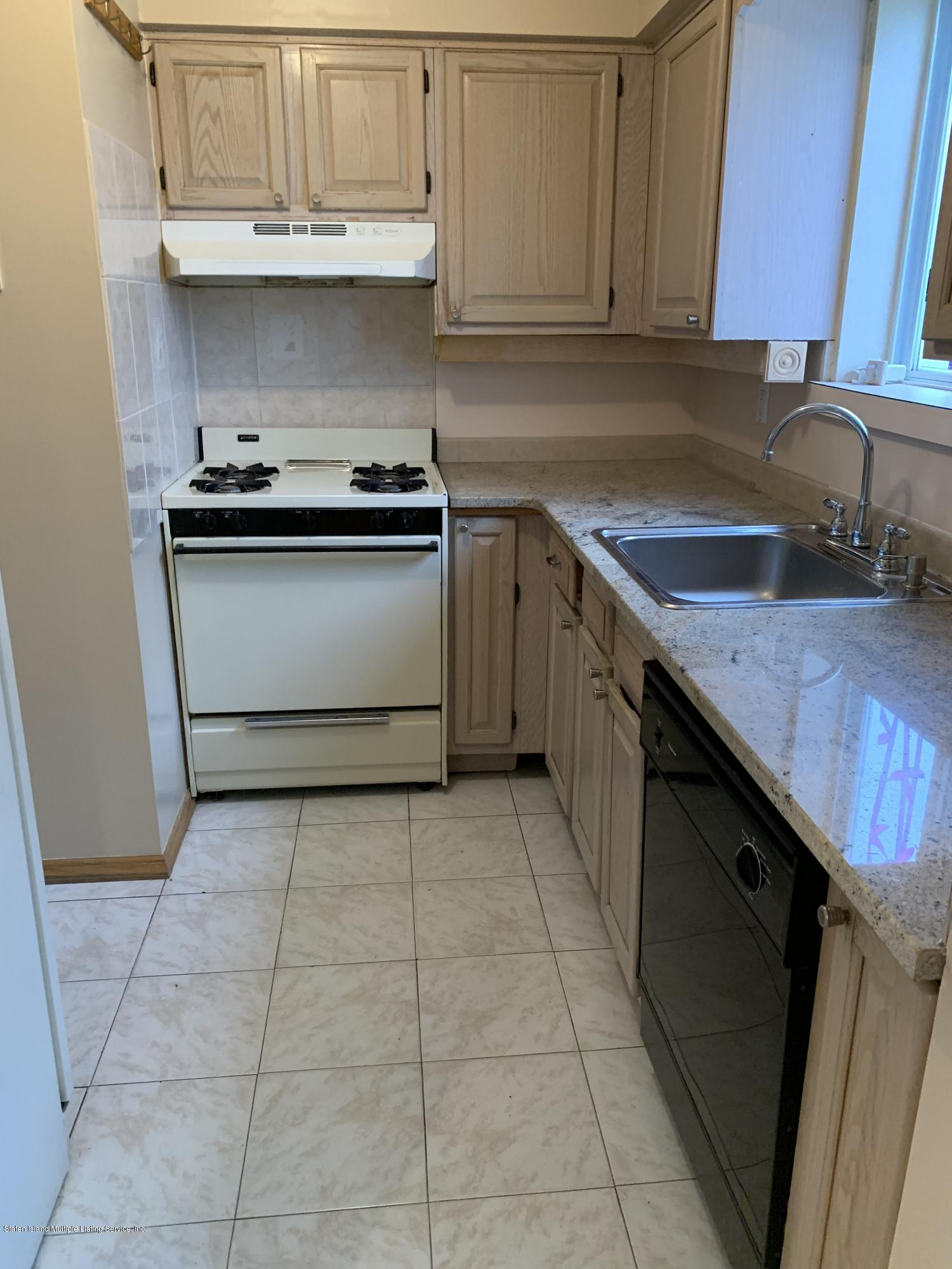 1058 Olympia Boulevard,Staten Island,New York,10306,United States,2 Bedrooms Bedrooms,7 Rooms Rooms,2 BathroomsBathrooms,Res-Rental,Olympia,1135167