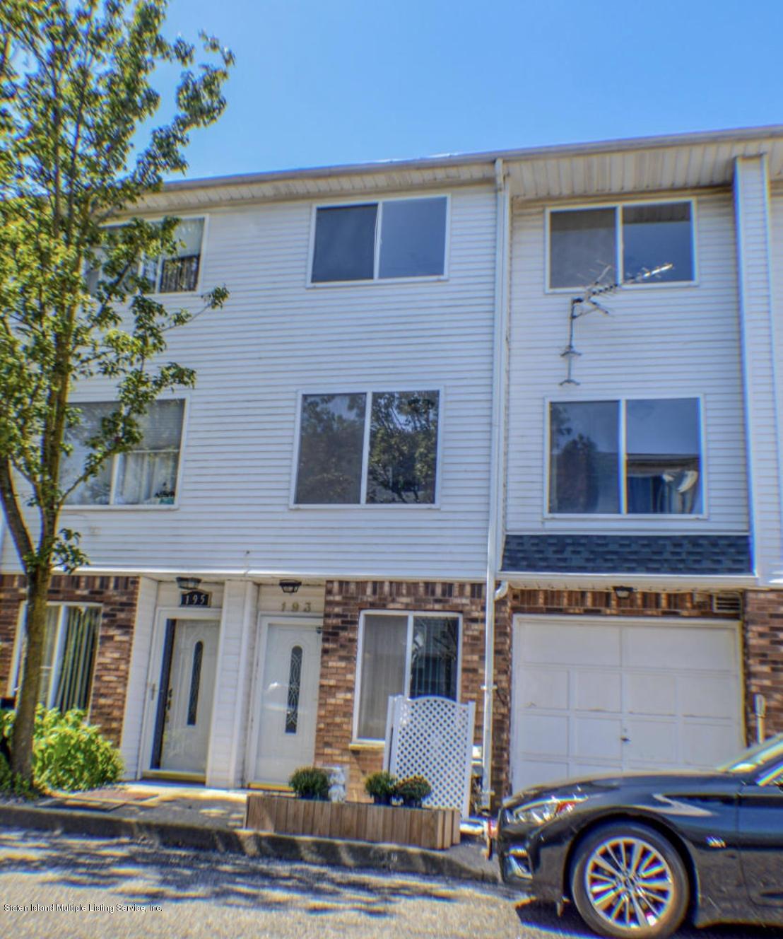 193 Wirt Avenue,Staten Island,New York,10309,United States,2 Bedrooms Bedrooms,6 Rooms Rooms,3 BathroomsBathrooms,Res-Rental,Wirt,1135257