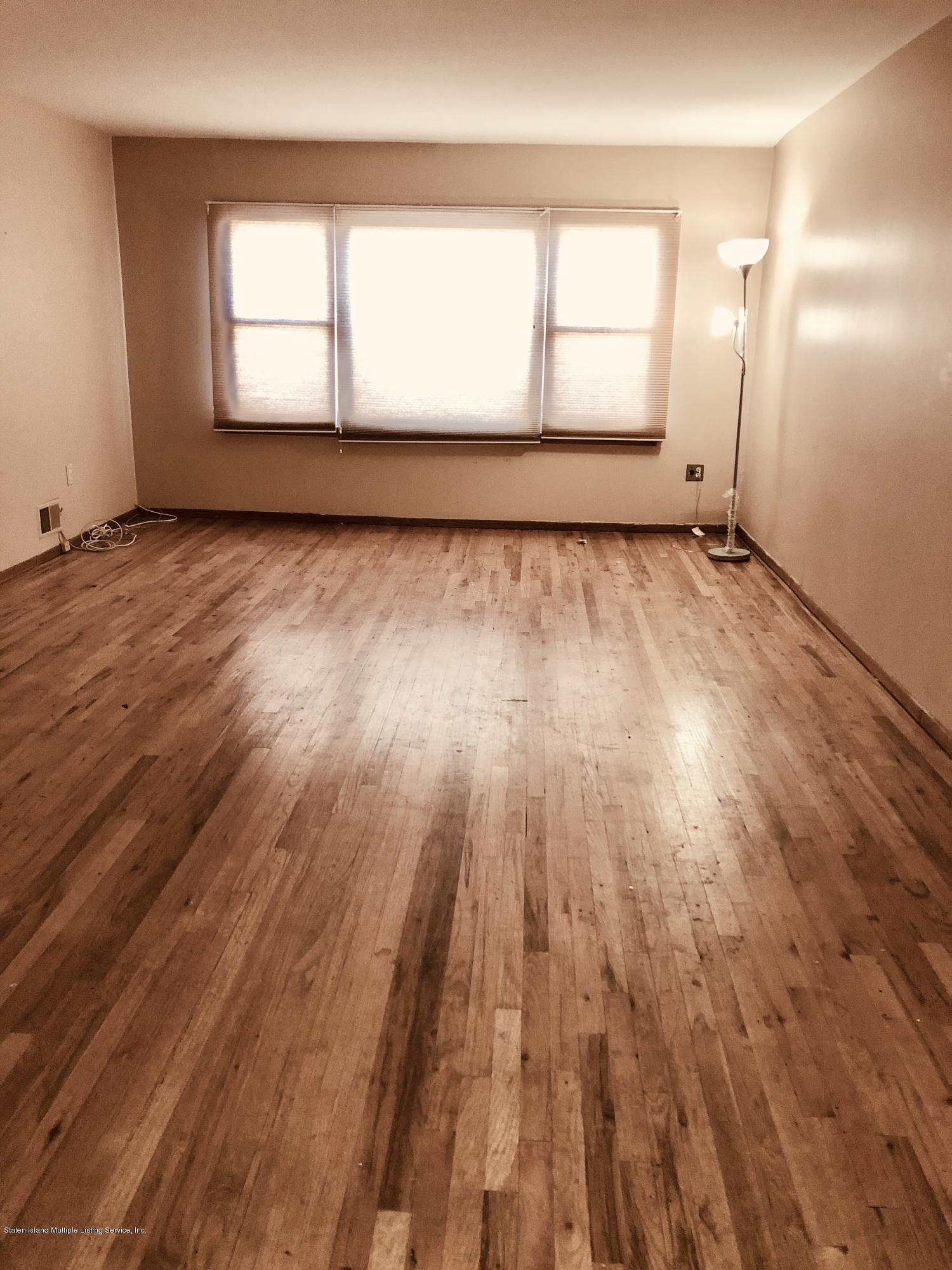 573 Armstrong Avenue,Staten Island,New York,10308,United States,3 Bedrooms Bedrooms,6 Rooms Rooms,2 BathroomsBathrooms,Res-Rental,Armstrong,1135394