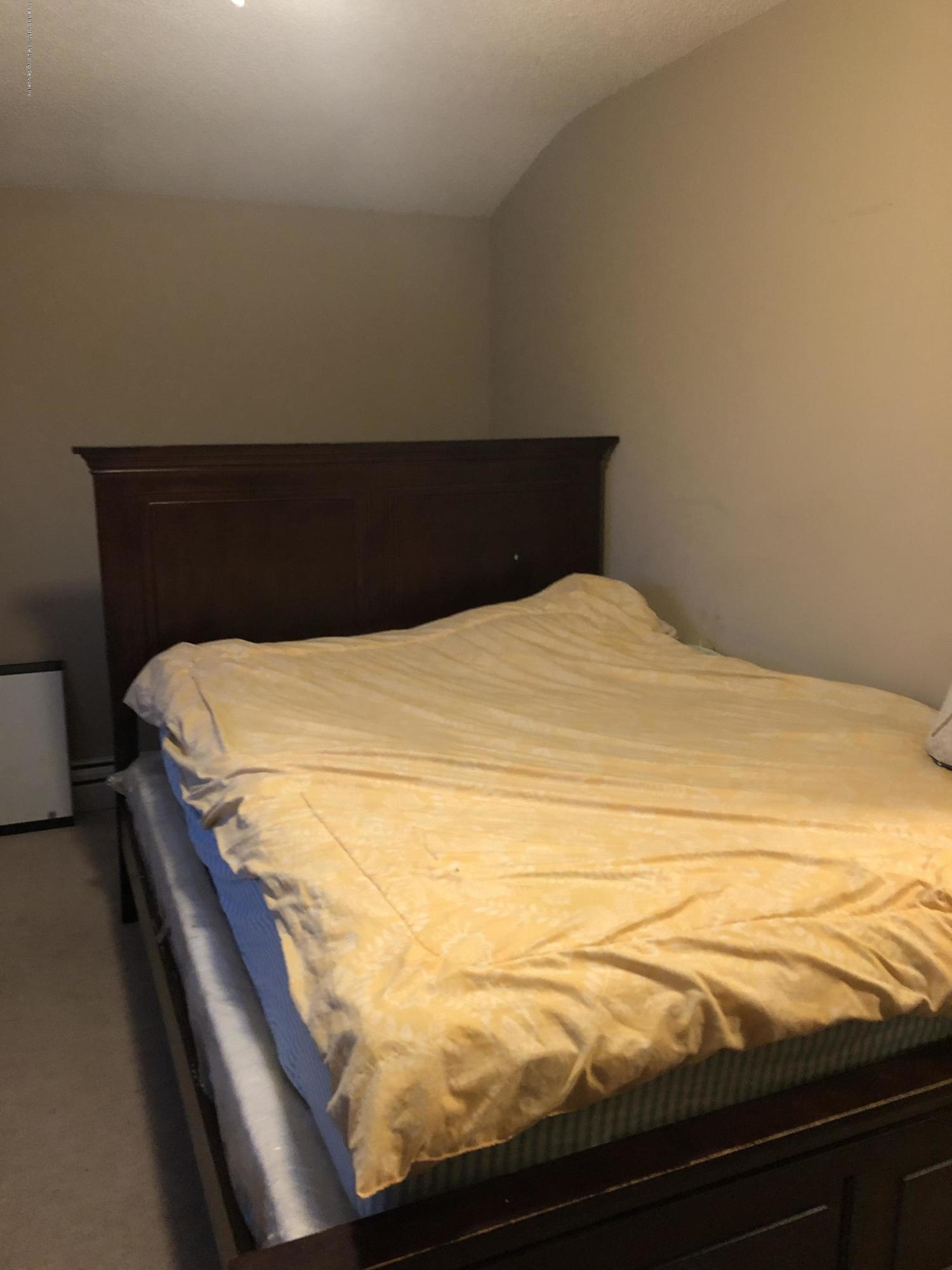 388 Travis Avenue,Staten Island,New York,10314,United States,3 Bedrooms Bedrooms,5 Rooms Rooms,2 BathroomsBathrooms,Res-Rental,Travis,1135538