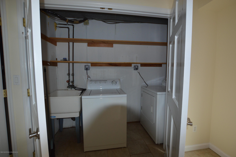 33 Yacht Club Cove Staten Island,New York,10308,United States,3 Bedrooms Bedrooms,10 Rooms Rooms,2 BathroomsBathrooms,Res-Rental,Yacht Club Cove,1135577