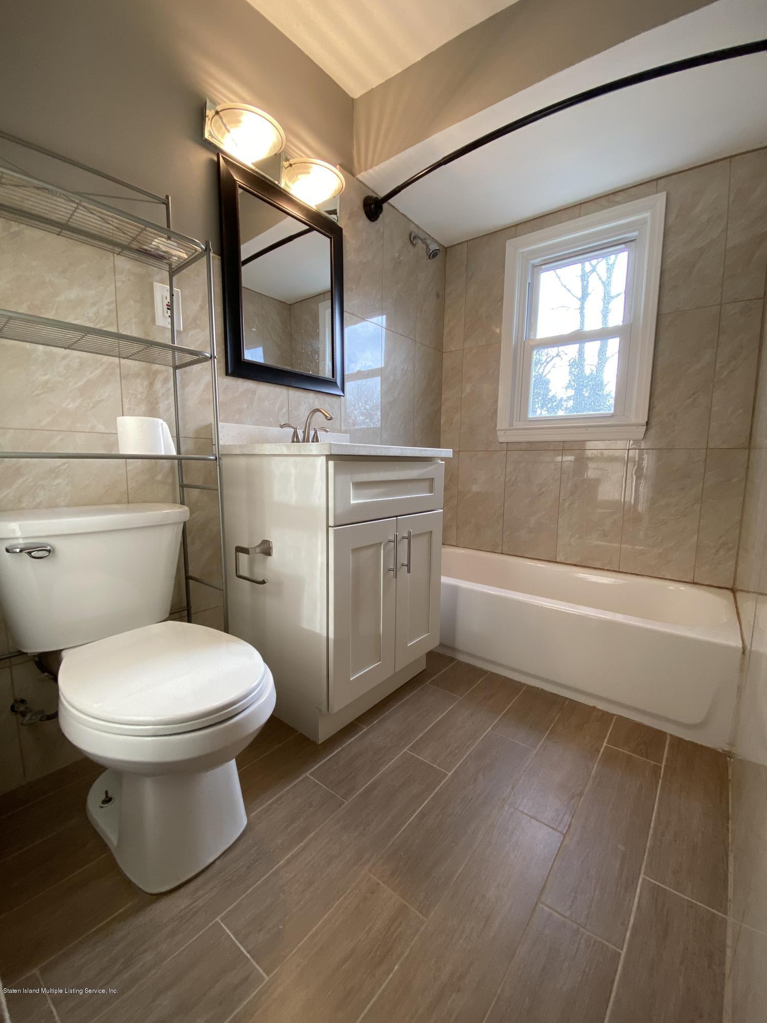 4 Cottage Avenue,Staten Island,New York,10308,United States,3 Bedrooms Bedrooms,6 Rooms Rooms,1 BathroomBathrooms,Res-Rental,Cottage,1135629