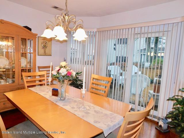 D 80 Dinsmore Street,Staten Island,New York,10314,United States,3 Bedrooms Bedrooms,6 Rooms Rooms,2 BathroomsBathrooms,Residential,Dinsmore,1135685