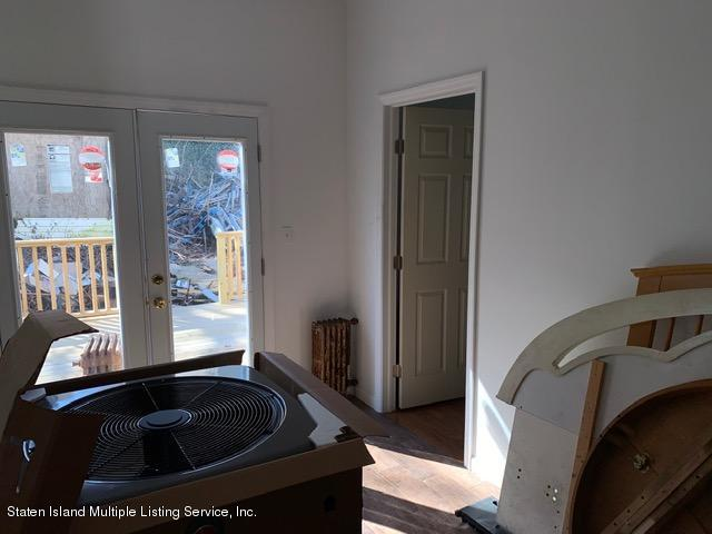 1 228 Benziger Avenue,Staten Island,New York,10301,United States,3 Bedrooms Bedrooms,6 Rooms Rooms,1 BathroomBathrooms,Res-Rental,Benziger,1136520
