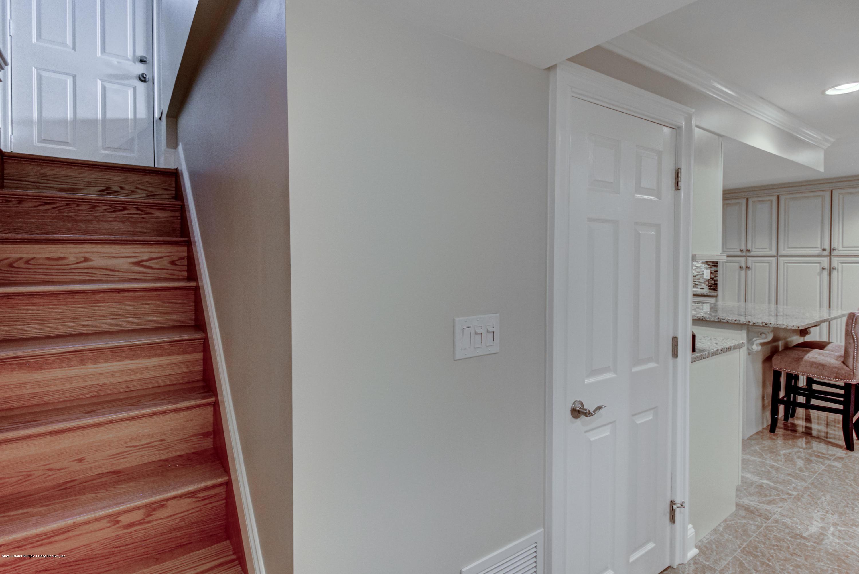 38 Berglund Avenue,Staten Island,New York,10314,United States,3 Bedrooms Bedrooms,6 Rooms Rooms,3 BathroomsBathrooms,Residential,Berglund,1136666