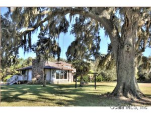 Property for sale at 15355 W Highway 326, Morriston,  Florida 32668