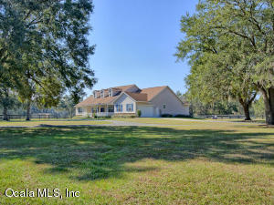 Property for sale at 12662 NW 160th Avenue, Morriston,  Florida 32668